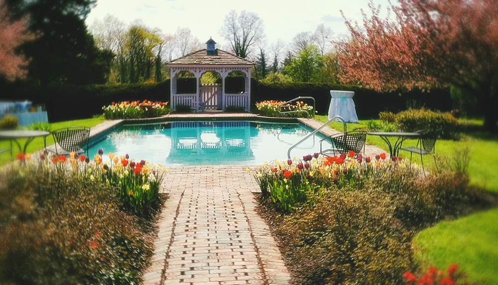antrim_pool_garden_spring_wedding_blog